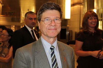 Resultado de imagem para Jeffrey Sachs